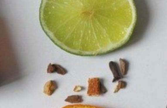 Précautions d'emploi des huiles essentielles et des ingrédients pour la fabrication des cosmétiques maison DIY